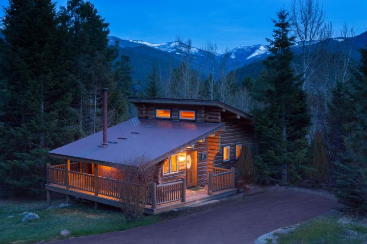 Triple Creek Ranch, A Montana Hideaway
