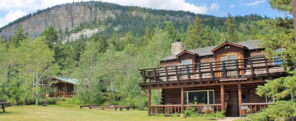 American ranch holidays what makes them special for Montana ranch house