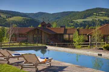 luxury dude ranch
